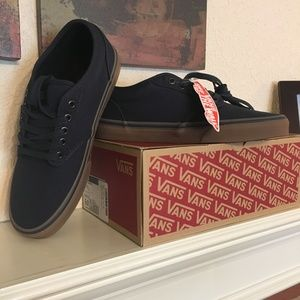 Vans Atwood low-top canvas sneakers, NIB, navy